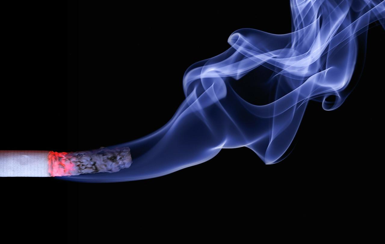 3cigarette-110849_1280