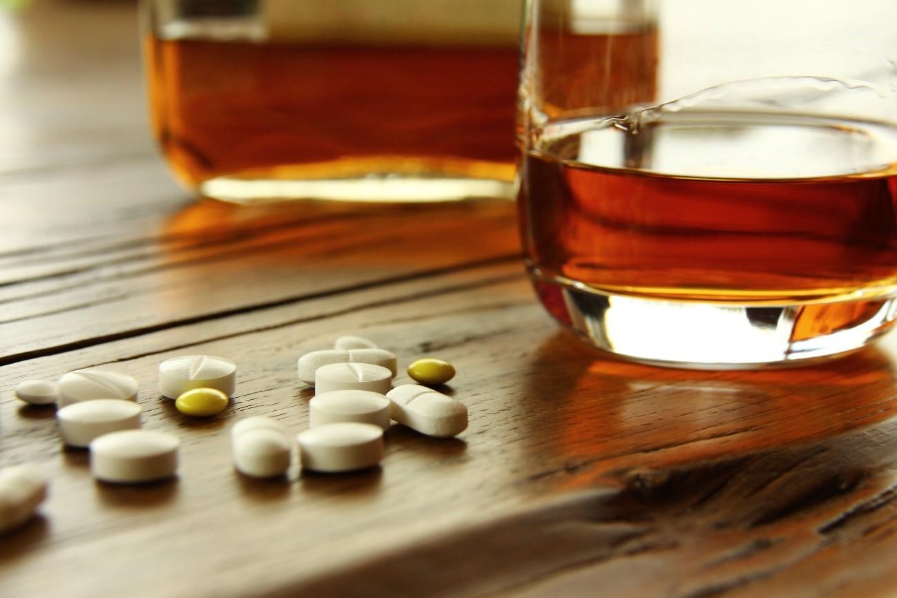 レビトラとアルコール(お酒)の関係性